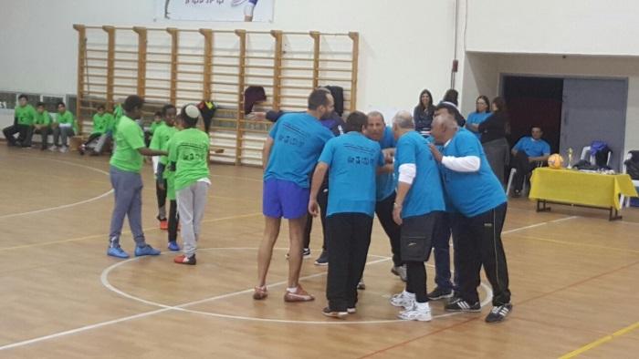 משחק כדורגל בין נבחרת המועצה לילדי בתי הספר (1)