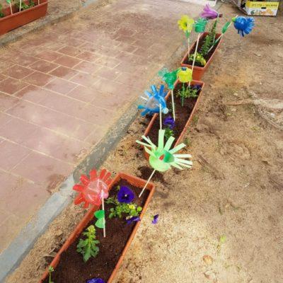 כיתת אזרחים ותיקים התארחו היום בגן נרקיסים (1)