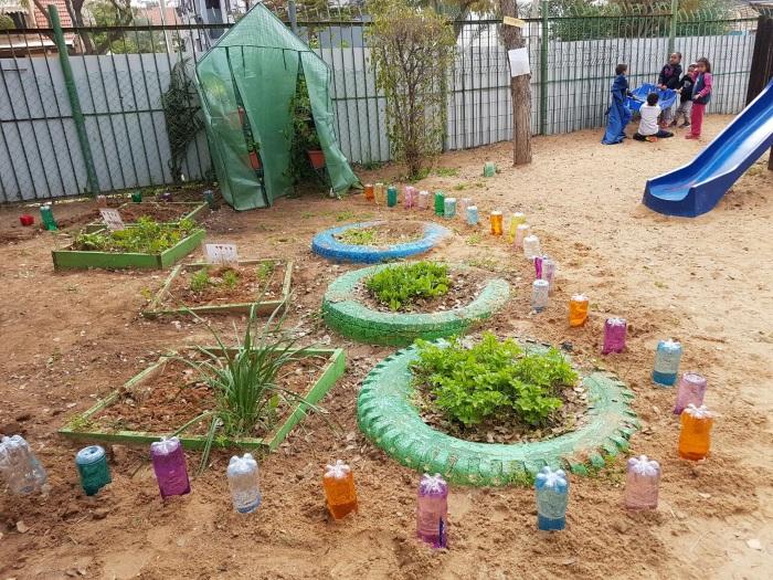כיתת אזרחים ותיקים התארחו היום בגן נרקיסים (2)